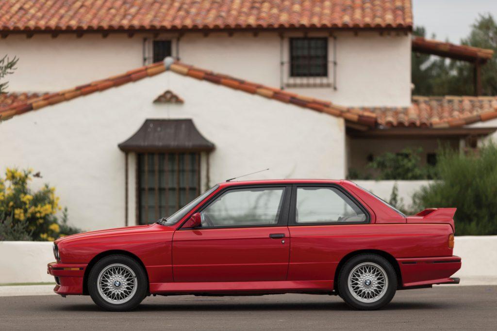 1990 BMW M3.1