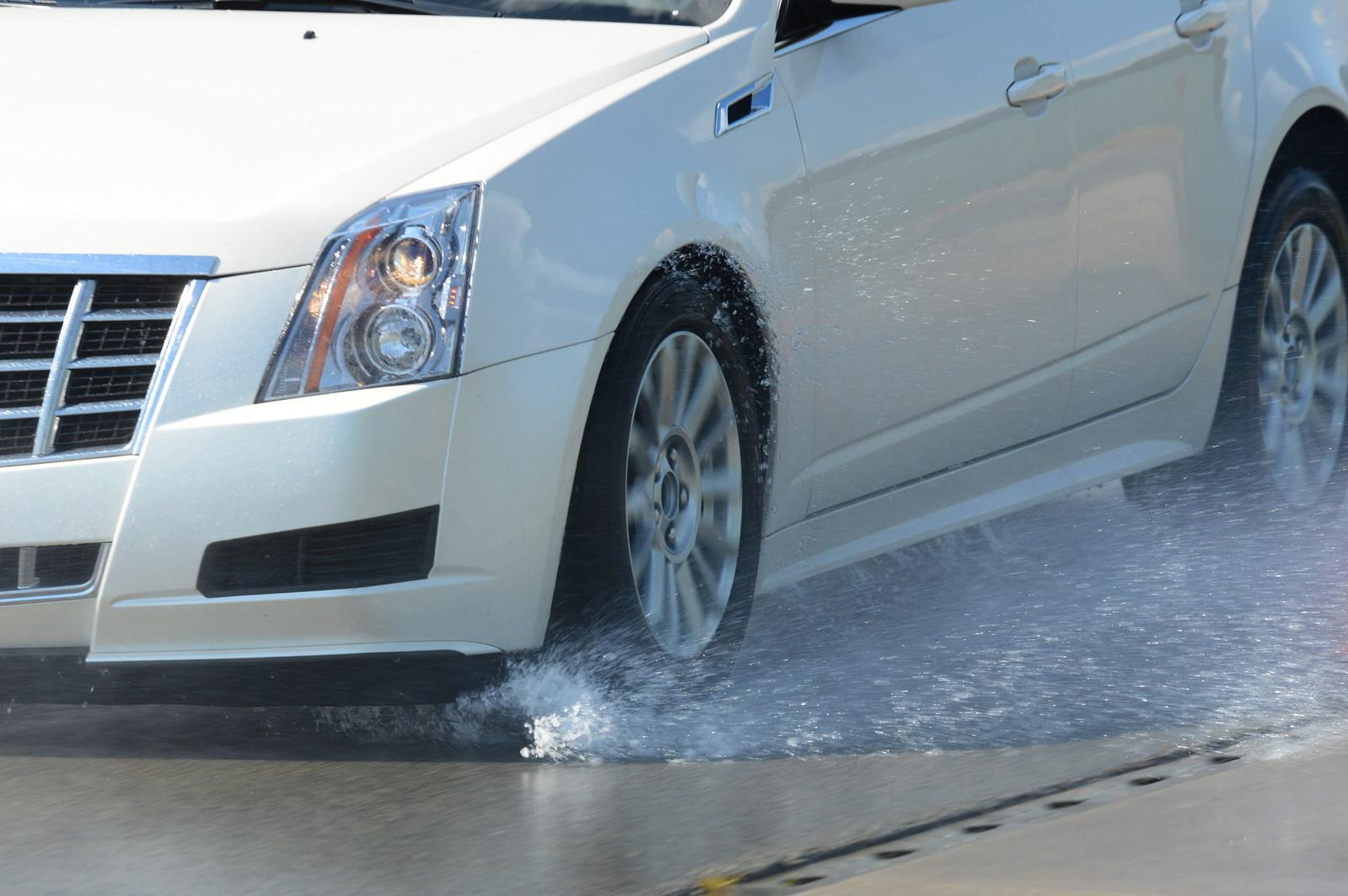 Michelin study reveals lurking risks for summer road trips (PRNewsfoto/Michelin)