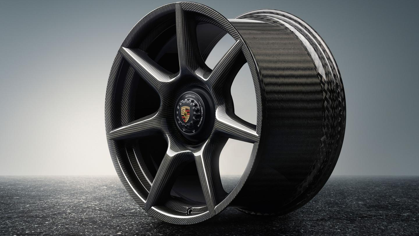 Porsche introduces braided carbon fibre wheels