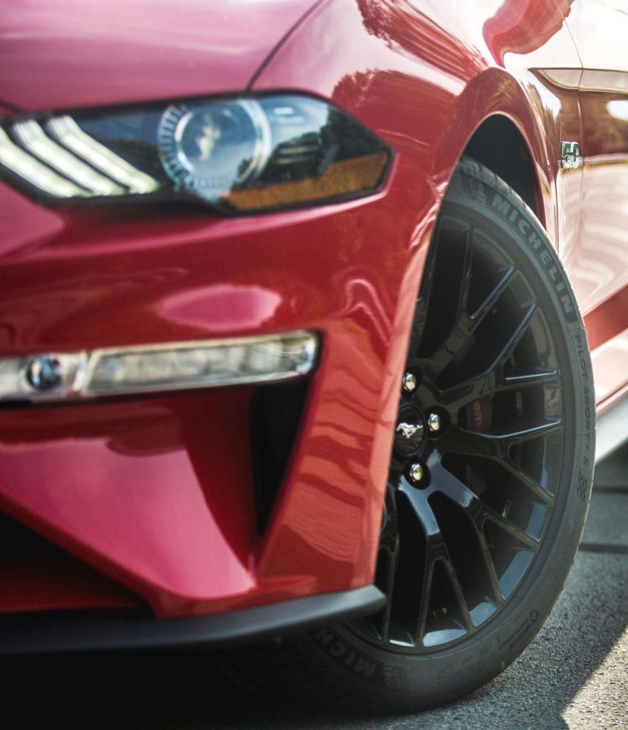 New_Mustang_GT_gets_Michelin_Pilot_Sport_4_S_tires_2