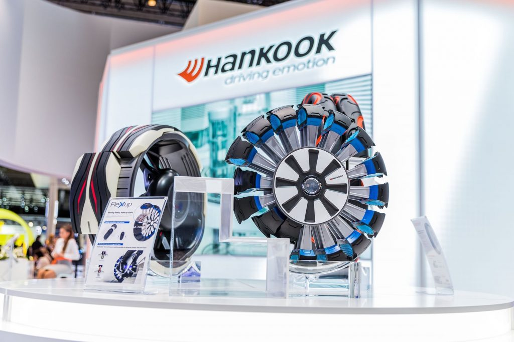New for 2018, the Hankook stand will feature the concept tyres from the 2016 Hankook Tyre Design Innovation Programme 'Connect to the Connected World'. Designed by students from the University of Cincinnati, the three futuristic tyres present a vision of future mobility through tyres.