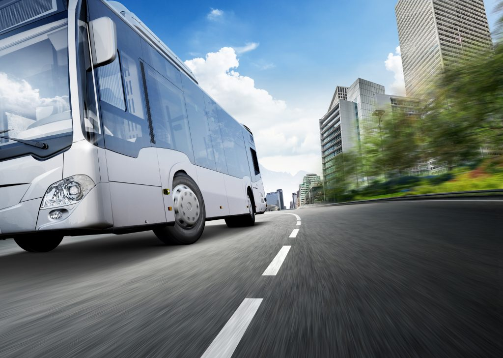 Premium tyre maker Hankook is extending its range for city buses by a new tyre line: SmartCity AU04+.