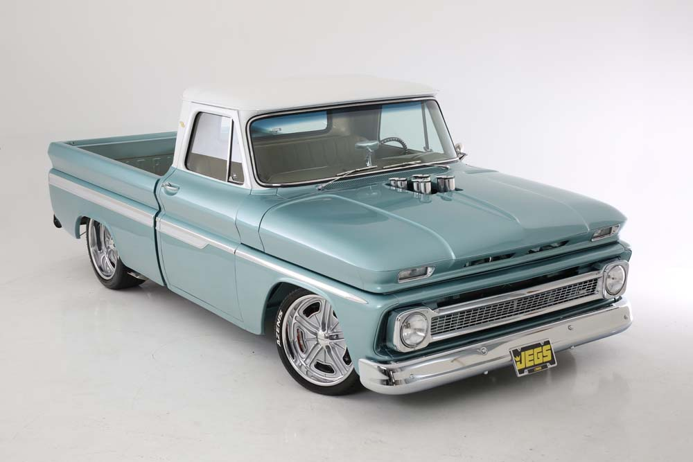 Darin Smith 1964 Chevrolet C10 short bed flletside